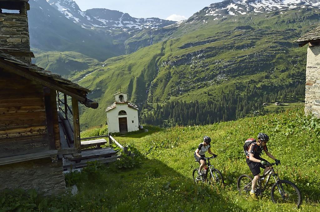 Mountainbike, Frunt, Vals, Valser Tal, Kanton Graubünden, Schweiz